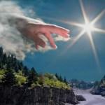 Hand_ofGod2