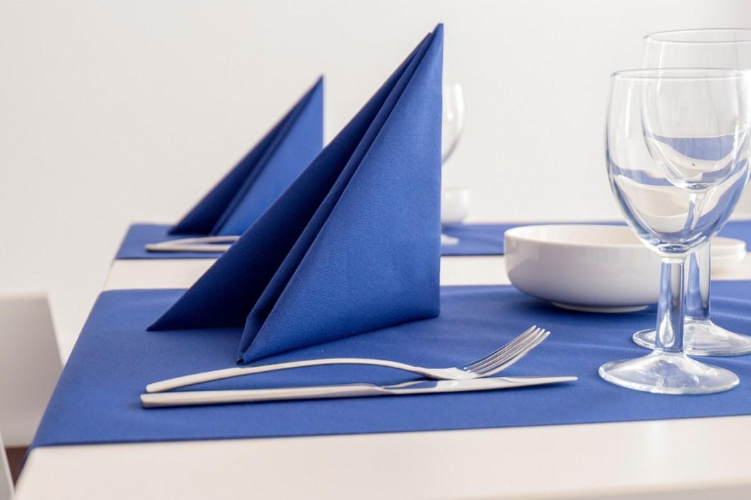 6 Tips on Proper E-mail Etiquette 6 Tips on Proper E-mail Etiquette napkin 1498588 1280