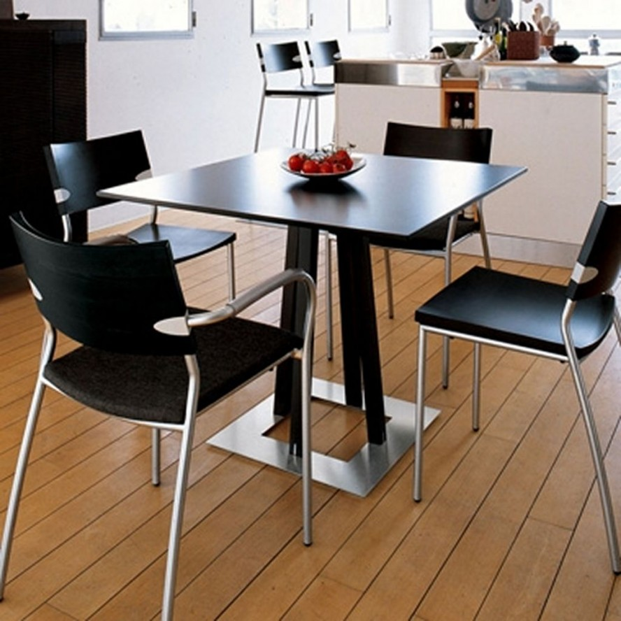 dining table for small kitchen small kitchen table Small kitchen dining table