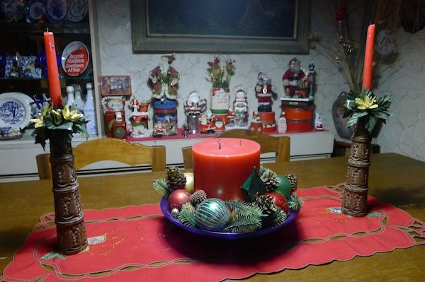 Homemade Parties Christmas House08
