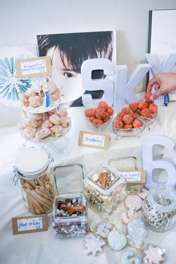 Homemade Parties_DIY Party_Frozen_Sky17