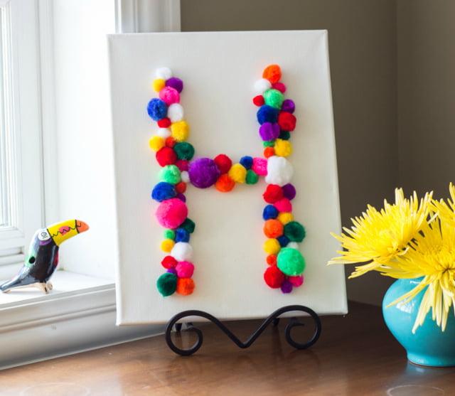 Cute colorful DIY Pom-Pom Crafts and Ideas-homesthetics (12)
