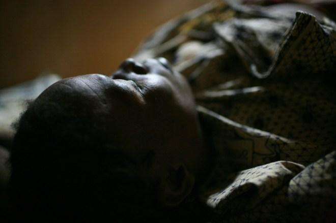 Accouchement à la petite maternité de Gossi en pleine nuit. Pour la petite histoire, c'était un garçon !