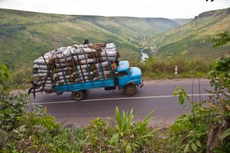 Nsele-Lufimi and Kwango-Kenge road, Democratic Republic of Congo