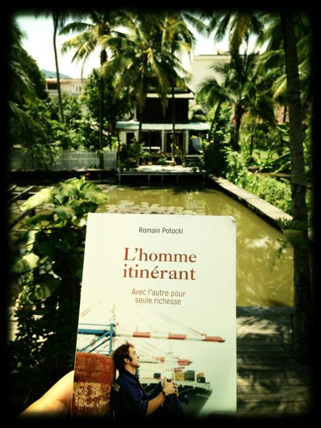 Homme itinérant Luangprabang Laos
