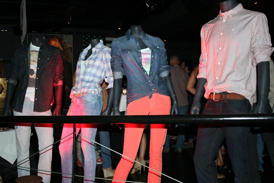 Display de la Fiesta Wrangler in Shoko