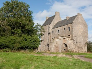 Midhope Castle at Abercorn