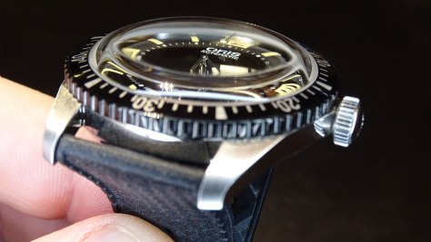 Oris Divers Sixty-Five cristal