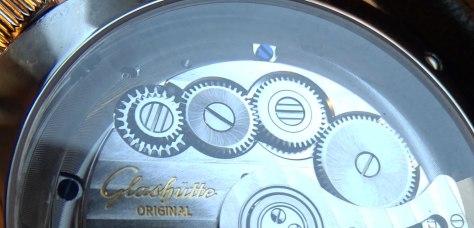 Glashutte-Original-Senator-Excellence-caliber-36-ruedas-de-remontuar-HorasyMinutos