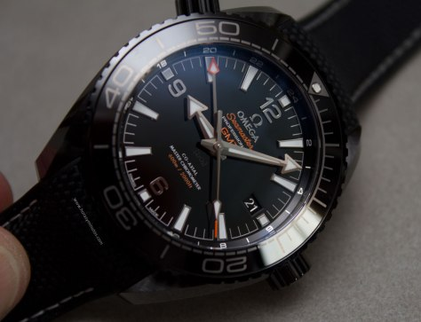 Omega-Seamaster-Planet-Ocean-Deep-Black-20-Horasyminutos