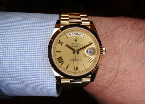 Rolex Oyster Perpetual Day Date oro amarillo esfera champagne frontal Horas y Minutos