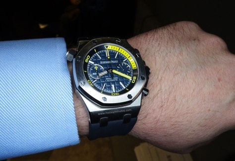 SIHH-2016-Audemars-Piguet-Royal-Oak-Offshore-Diver-Chronograph-Blue-Horas-y-Minutos