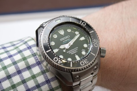 Seiko-Prospex-Marinemaster-Professional-Divers-1000m-Hi-Beat-4-Horasyminutos