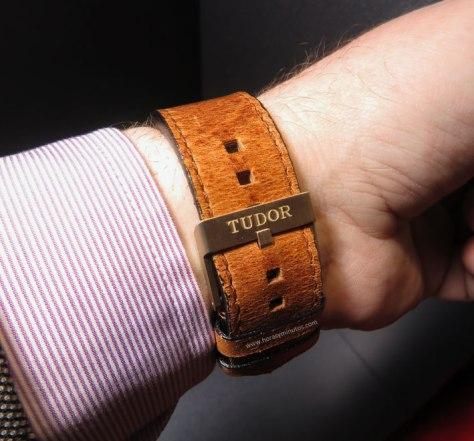 Tudor-Heritage-Black-Bay-Bronze-11-Horasyminutos