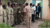 Photo-Berhanu-Nega-greeting-his-troops-in-Eritrea-july-2015.jpg