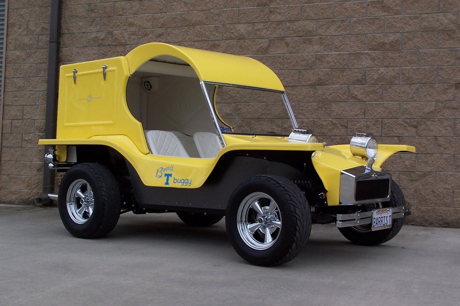 Barris T Buggy with Corvair Power