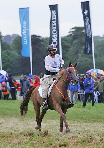 HH Sheikh Mohammed Bin Rashid Al Maktoum steered Madji du Pont to take individual gold at the Longines FEI World Endurance Championships 2012 staged at Euston Park (GBR) yesterday.