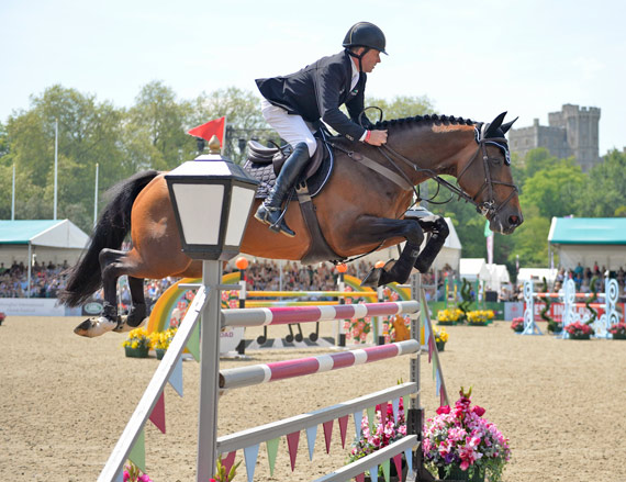 Nick Skelton's Big Star made his return to competition at Windsor on Friday, finishing ninth in a speed class.