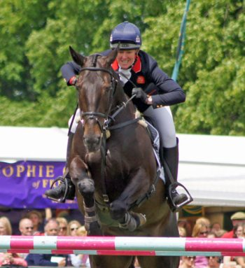 British eventer Nicola Wilson and Annie Clover. © Mike Bain