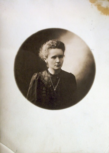 Marie Curie and IYC 2011 (1/6)