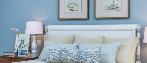 Distinctive Interior Design Tip Decorative Pillows Hoskinshoskins Interior Design