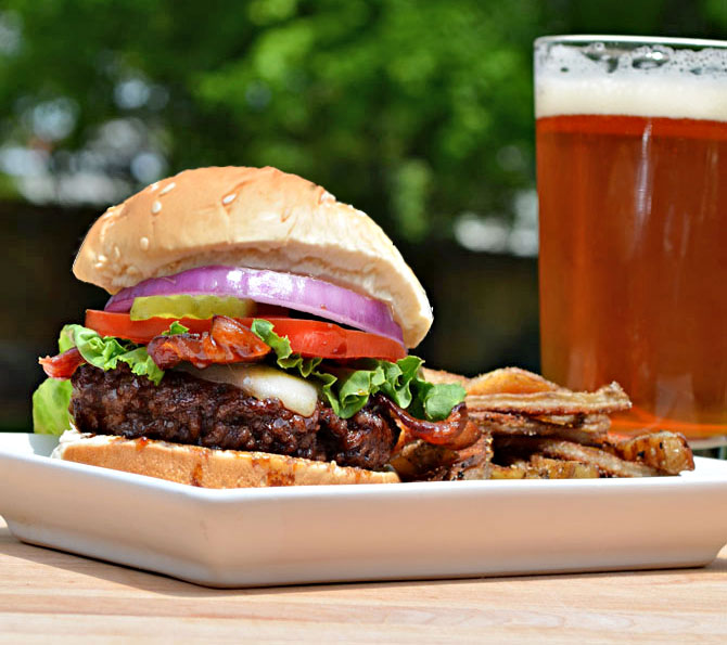 Jack Daniels Burger (TGI Fridays Copycat Recipe)