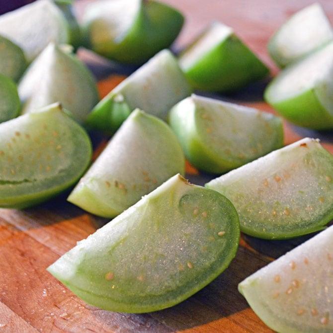 Tomatillos for Tomatillo Avocado Sacue