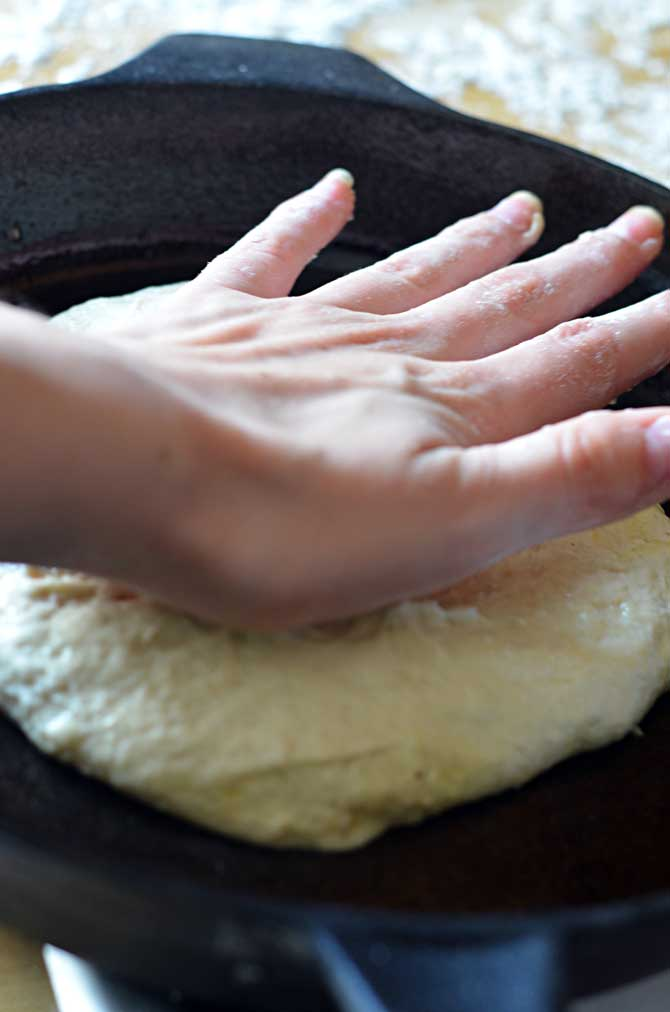 Best Ever No-Knead Pan Pizza.  There's no stretching, no kneading, just easy, glorious pizza crust!  Try it! | hostthetoast.com