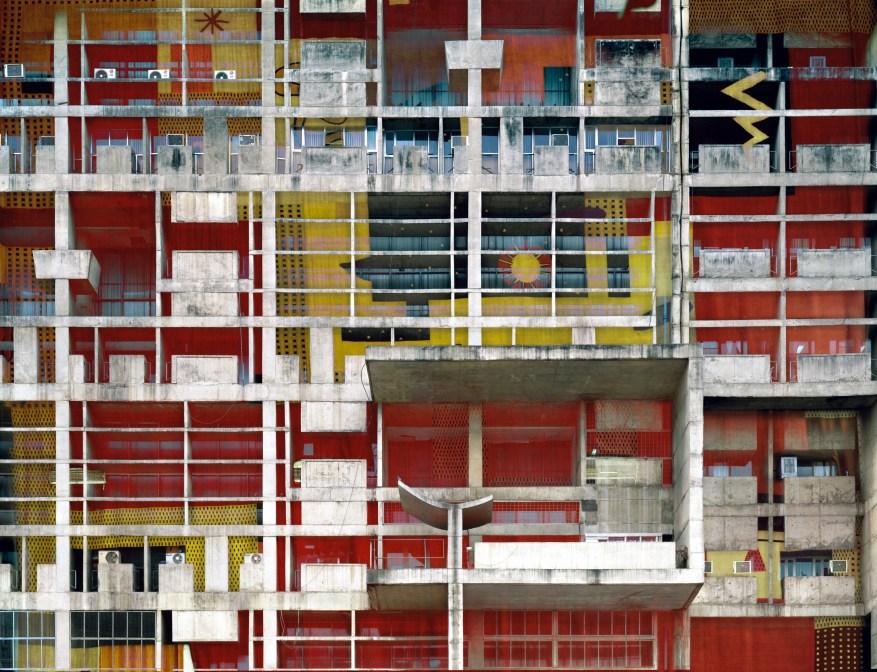 Melting Barcelona Parallel #2 C-print -2008, 180 x 240 cm Stéphane Couturier – Galerie Polaris