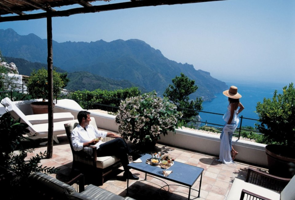 http://www.grandluxuryhotels.com/hotel/hotel-caruso/pictures/51230