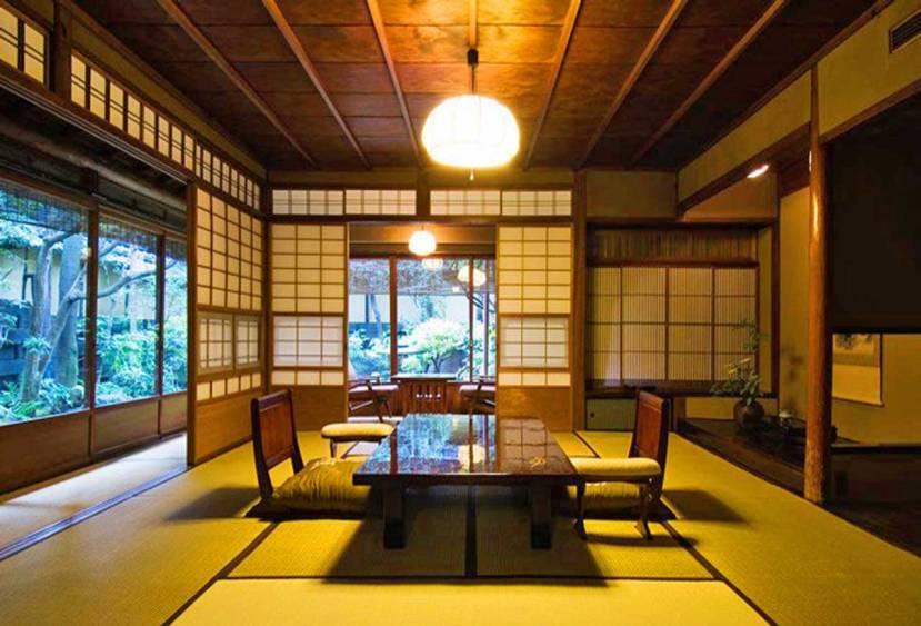 http://www.blacktomato.com/hiiragiya-ryokan-luxury-kyoto-hotel/