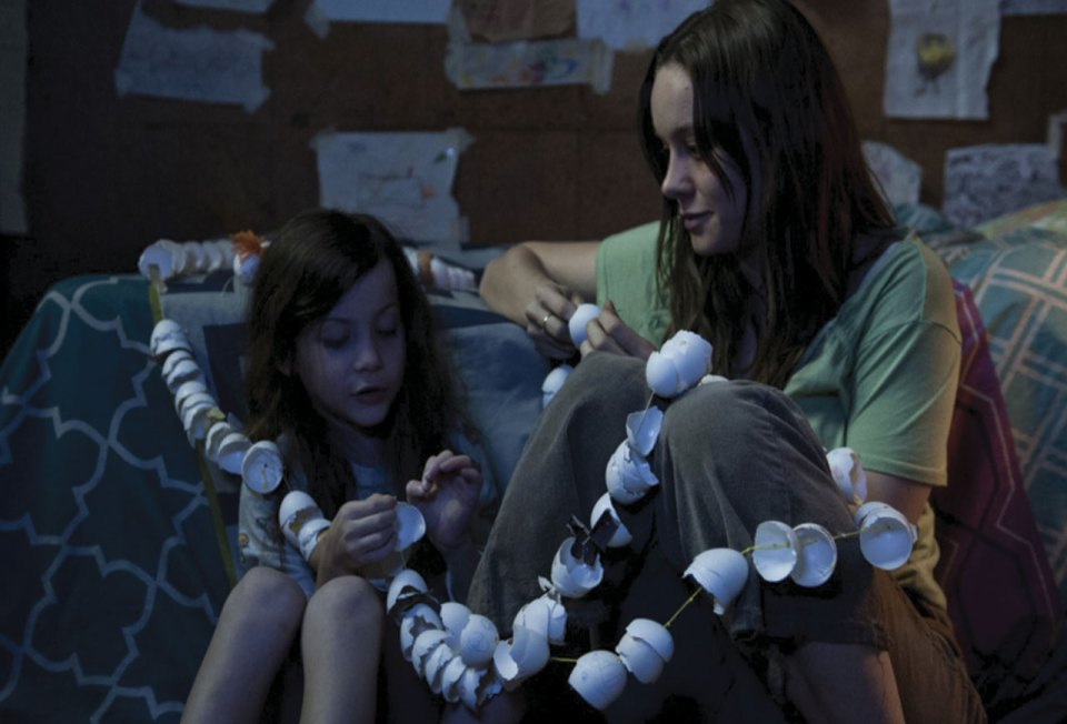 http://www.shockya.com/news/2015/10/11/room-movie-review/