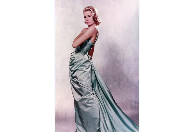 http://www.popsugar.co.uk/fashion/photo-gallery/36909519/image/36909447/Grace-Kelly-1955-Academy-Awards
