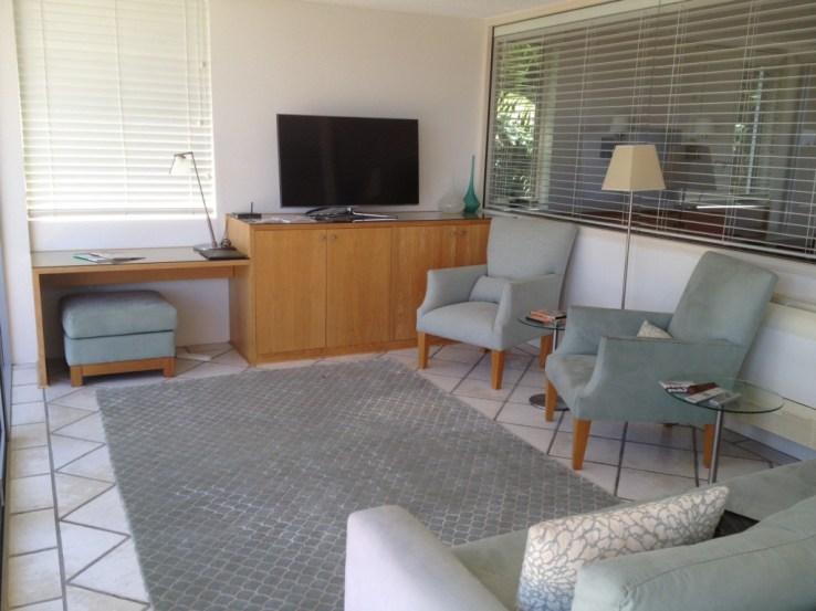 Sitting room or third bedroom
