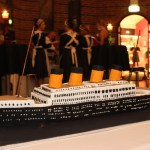 How to Make a Titanic Birthday Cake