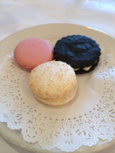 Desserts - macarons with a homemade oreo cookie