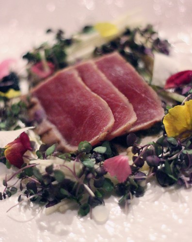 Seared tuna with pickled daikon