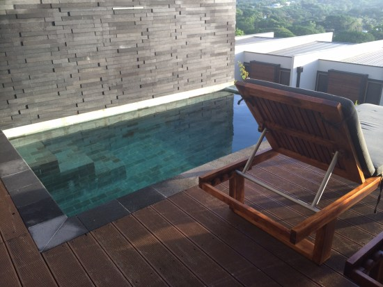 Love the colour of the pool