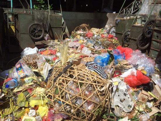 Rubbish at the markets, Ubud