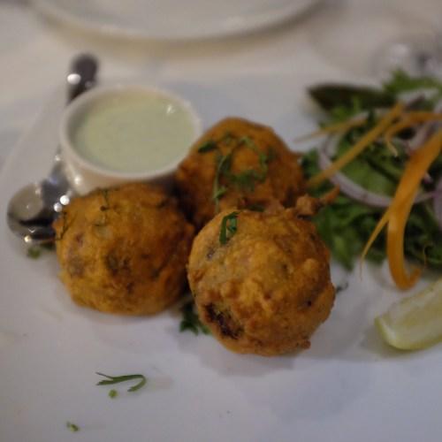 Cauliflower & Potato Bonda: Chennai Street Snack