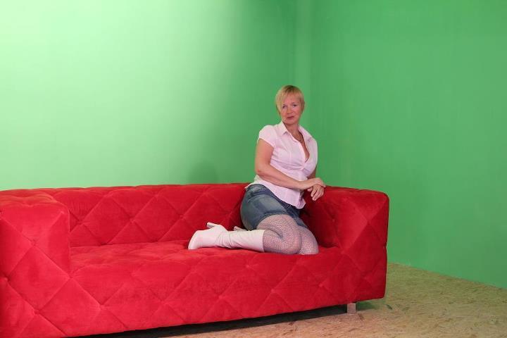 meke_sofa