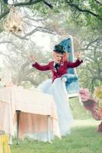 P!nk Teams up with Through The Looking Glass #ThroughTheLookingGlass