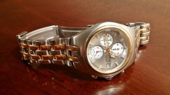 gold and silver cute deigner watch