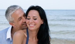 the-truth-about-older-men-younger-women