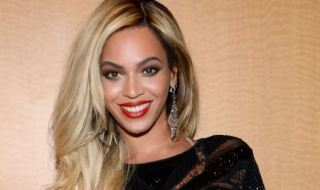 landscape_nrm_1430565303-beyonce_at_the_brit_awards
