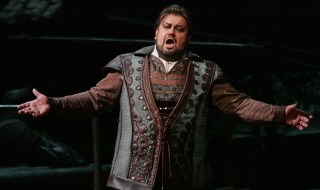 "FILE - In this Dec. 31, 2004  file photo South African tenor Johan Botha sings the role of Calaf during a dress rehearsal of Giacomo Puccini's opera ""Turandot"" at the Metropolitan Opera in New York. An artist agency who worked with star tenor Johan Botha says he has died Thursday, Sept. 8, 2016 in Vienna, where he made his home. He was 51. (AP Photo/Hiroko Masuike)"