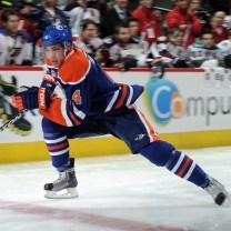 fast-hockey-skating