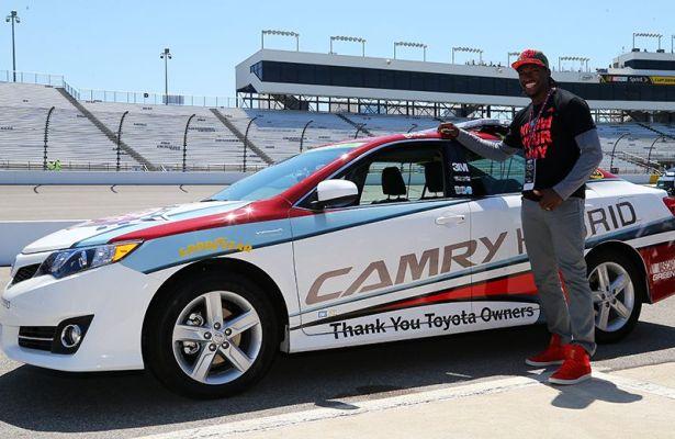 RGIII Drives Pace Car