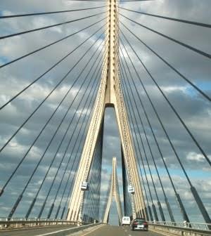 Puente internacional de Ayamonte.