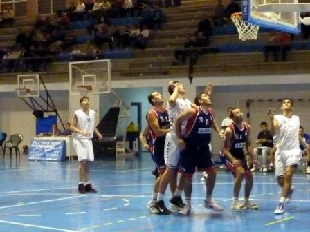 Un enfrentamiento entre Huelva y Lepe.